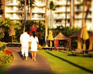 Newlyweds, Fairmont Kea Lani Resort in Maui Hawaii