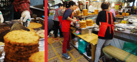 Gwangjang Market, A Food Lover's Travel Destination 광장시장 Seoul, Korea