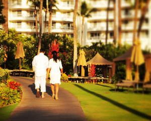 Newlyweds, Fairmont Kea Lani Resort in Maui Hawaii