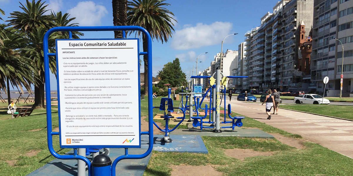 Walk off all that beef steak with a stroll along the Rambla and free use of exercise equipment.