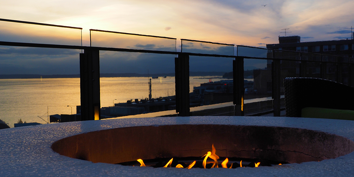 Four Seasons Hotel Seattle - Outdoor Fire, Infinity Pool and Sunset