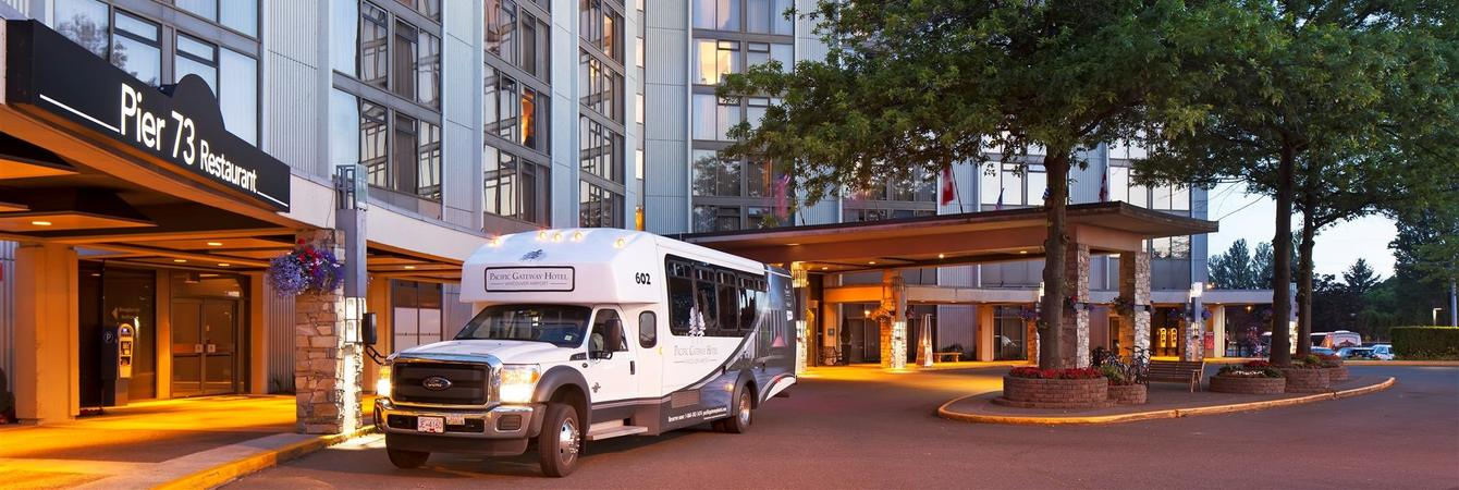 7 Vancouver Airport Hotels With The Best Free Shuttle Service To International Yvr